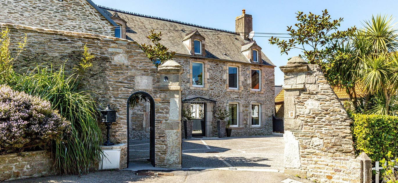 Cherbourg-Octeville - France - House, 11 rooms, 9 bedrooms - Slideshow Picture 2