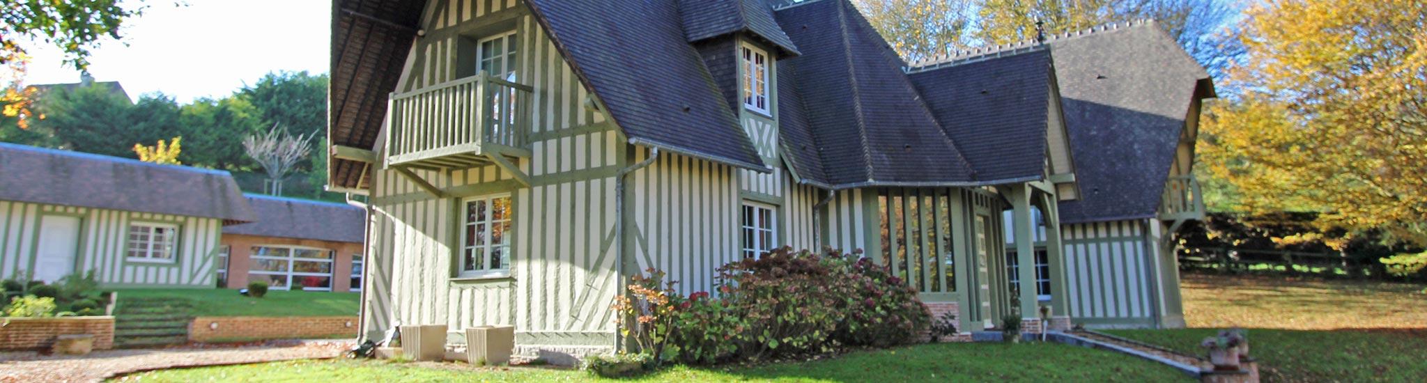 DEAUVILLE - 14800 PROCHE DEAUVILLE - DEAUVILLE - Superbe maison normande construite par ...
