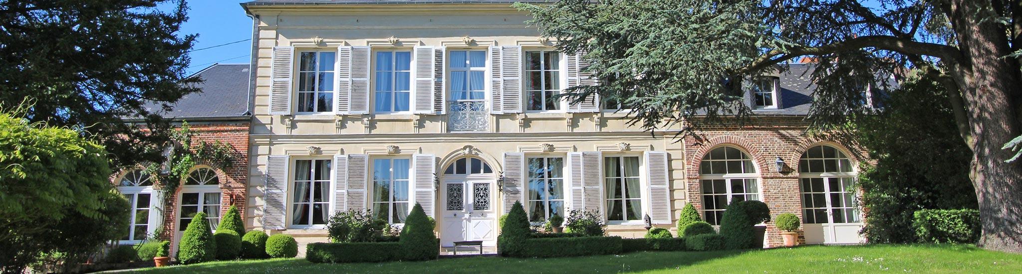 LISIEUX - 14100 Havre de paix pour cette magnifique maison de Ma�tre construite � la f...