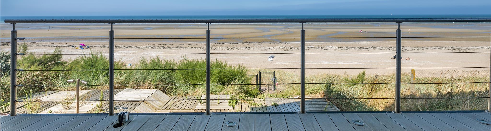 CABOURG - 14390 PROCHE CABOURG -  Le Home Varaville, front  de mer, acc�s priv� � la p...