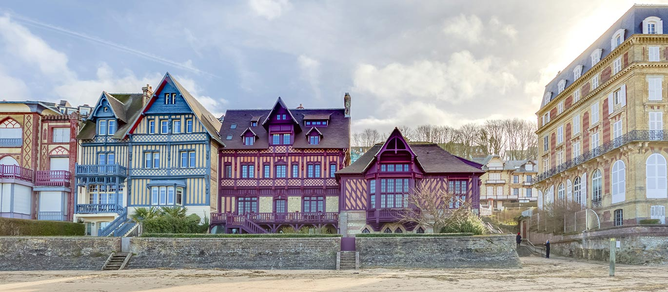 Explore Deauville and its region